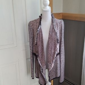 Structured fly away tweed cardigan